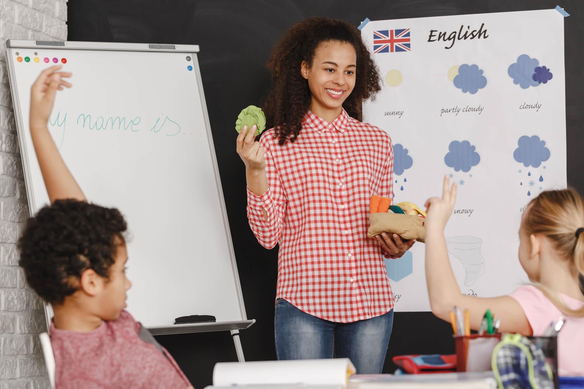 Quais são os benefícios do inglês para crianças?